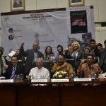 """Bedah Buku """"Indonesia Tidak Pernah Dijajah"""" Bersama Tiga Professor di Gedung DPR RI"""